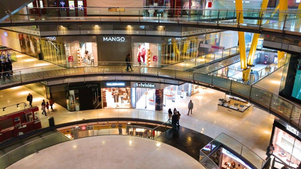 Digital Signage is Used in Retail